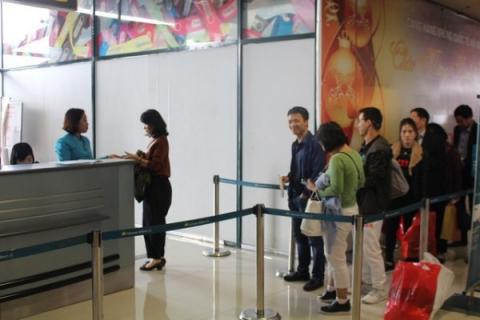 Những rắc rối khi đặt mua vé cận giờ bay.